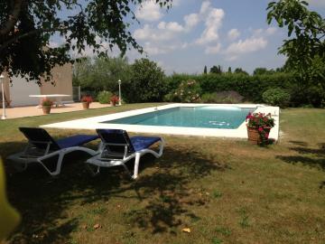 Réalisation de plage de piscine à La Salvetat Saint Gilles